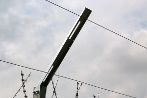 Linear tension wire on the holder